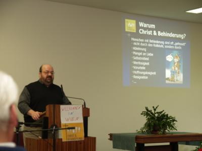 28.02.2010:   Josef Steiner stellt die Arbeit von C&B in der Baptistengemeinde Wien West vor.
